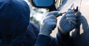 Закон не запрещает установление размера страховой суммы ниже действительной стоимости автомобиля, заключил ВС